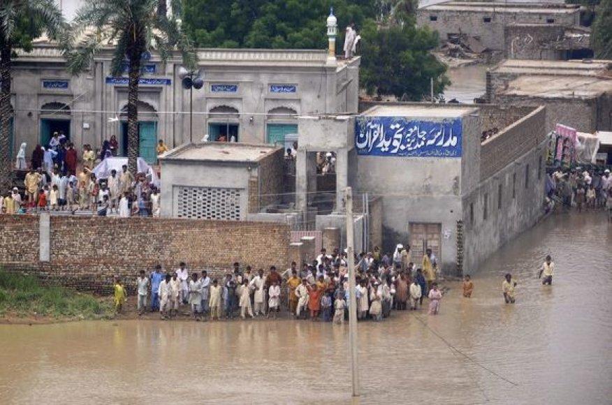 Apsemta šventykla Pakistane