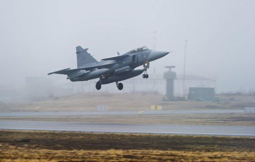 NATO pajėgų lėktuvas