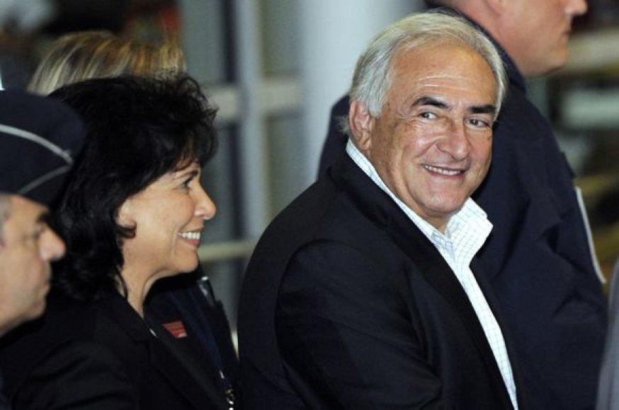 Dominique'as Straussas-Kahnas su žmona