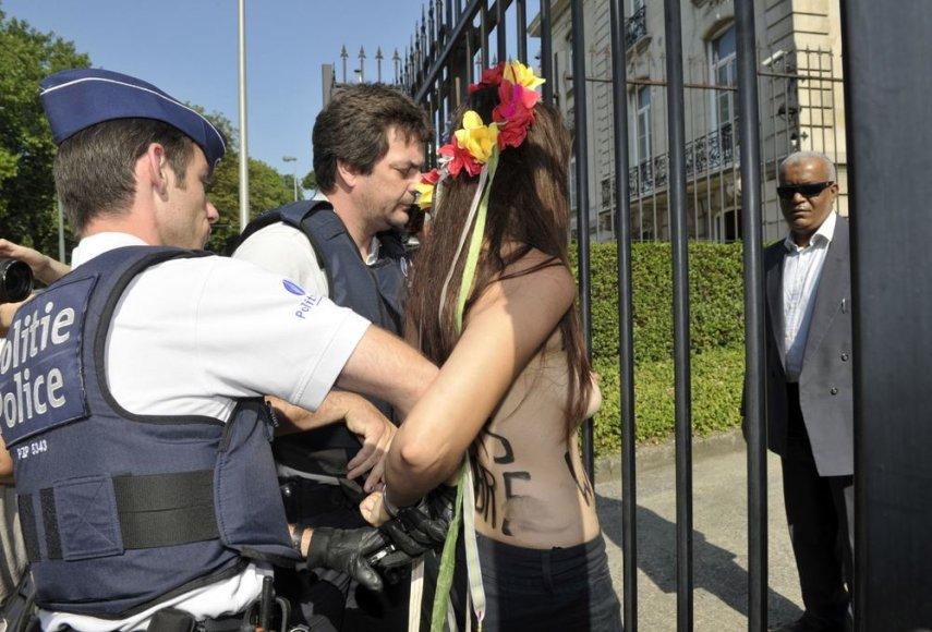 """Areštuojama """"Femen"""" aktyvistė"""