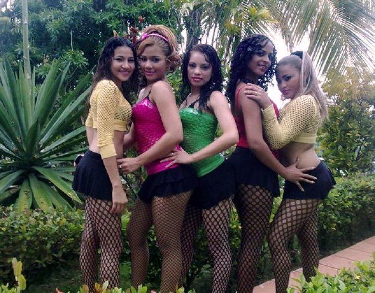 """Grupė """"Chicas Samba"""""""