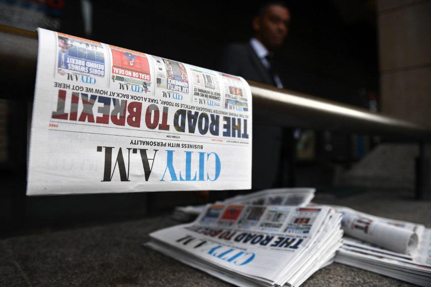 """AFP/""""Scanpix"""" nuotr./Didžiosios Britanijos spauda rašo apie """"Brexit"""""""