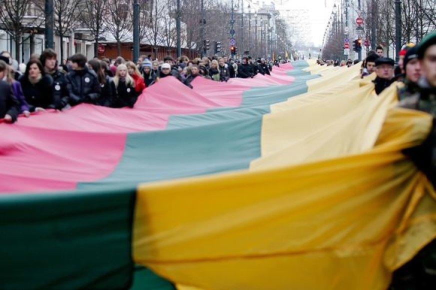 Lietuvos vėliava sostinės Gedimino prospekte