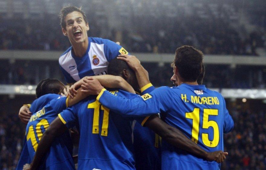 """""""Espanyol"""" futbolininkų džiaugsmas."""