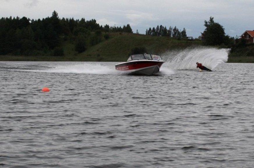 Gelužės ežere vandens slidininkai nesitreniruoja nuo 2010 metų.