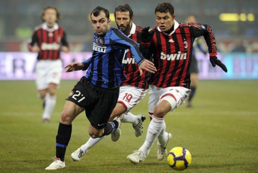 """""""Inter"""" įrodė savo pranašumą prieš """"Milan"""" ir sutvirtino savo pozicijas """"Serie A"""" viršūnėje"""