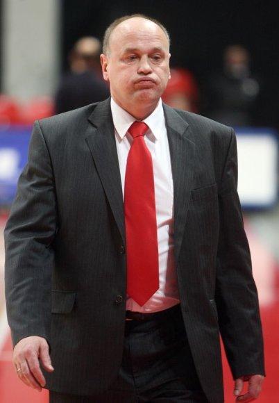 A.Paulauskas Lietuvos moterų krepšinio rinktinės trenerių štabe darbavosi 1996–2008 metais