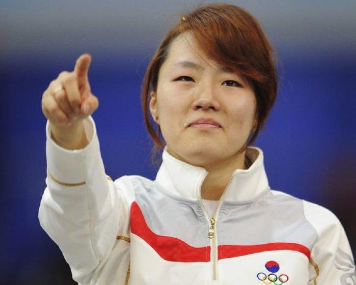 L.Sang-hwa nesuvaldė ašarų