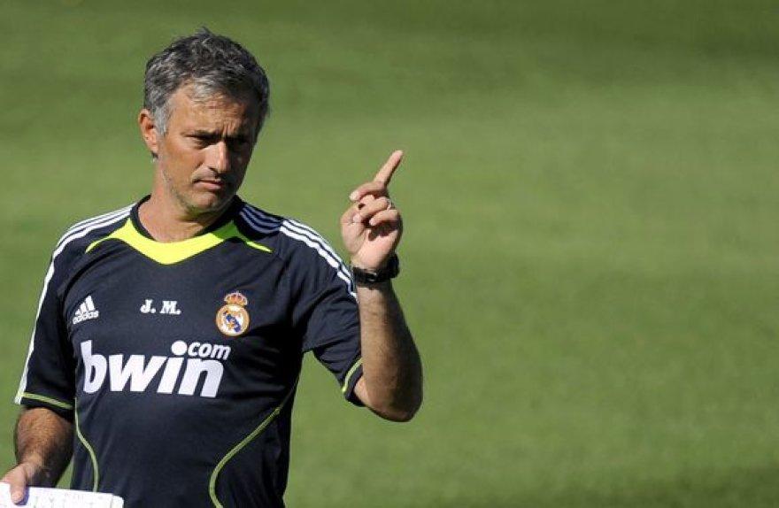 """J.Mourinho pirmojoje """"Real"""" treniruotėje"""
