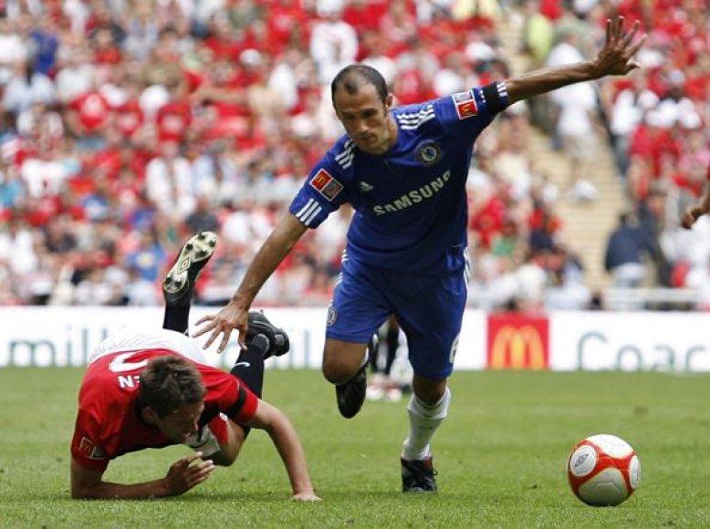 R.Carvalho Madride žais dvejus metus