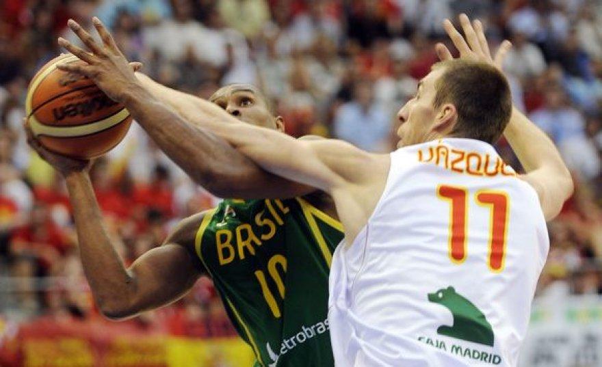 Pasaulio čempionai ispanai įveikė ir brazilus