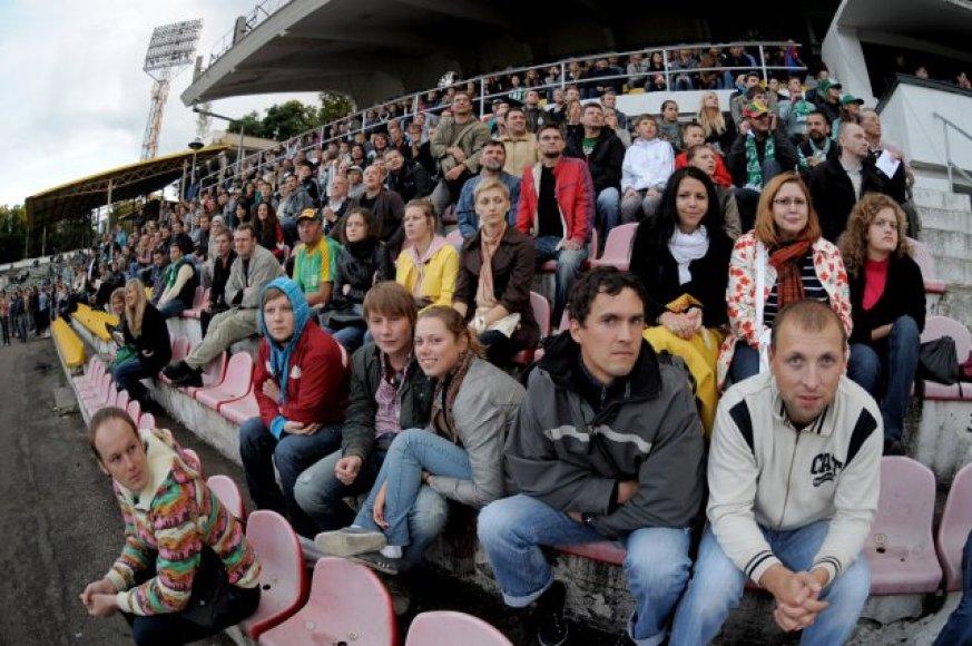 """Senutėliame """"Žalgirio"""" stadione susirinko rekordinis žiūrovų skaičius"""
