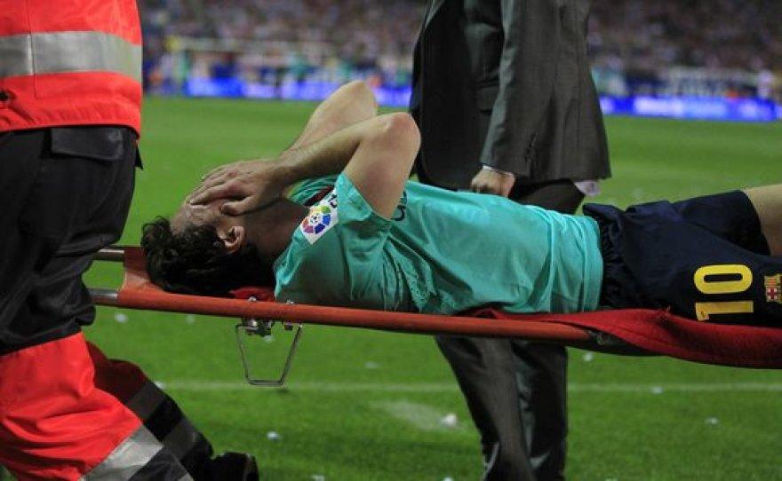 L.Messi iš aikštelės buvo išneštas neštuvais