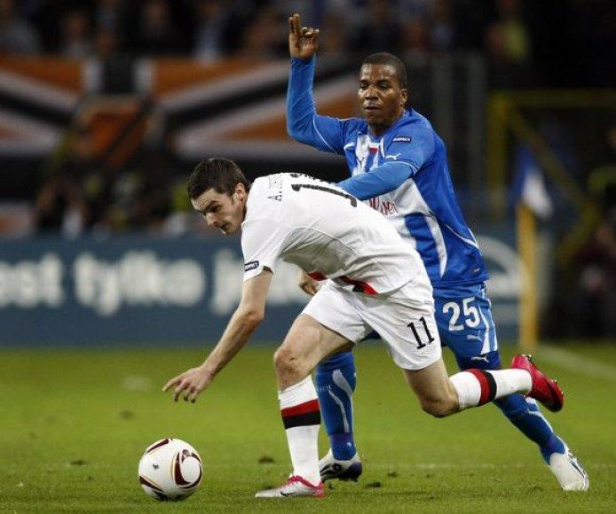 """""""Manchester City"""" (balta apranga) suklupo prieš Lenkijos čempionus"""