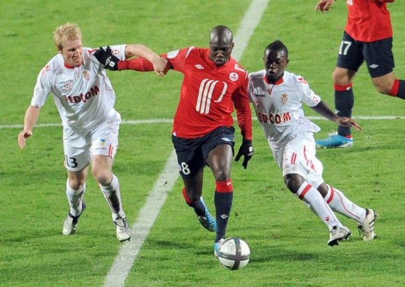 """""""Lille"""" (raudona apranga) įveikė """"Monaco"""""""
