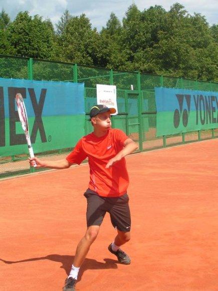 Ketvirtuoju Lietuvos teniso rinktinės nariu tapo Julius Tverijonas