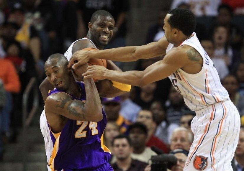 """""""Lakers"""" patyrė skaudžiausią pralaimėjimą šiame sezone."""