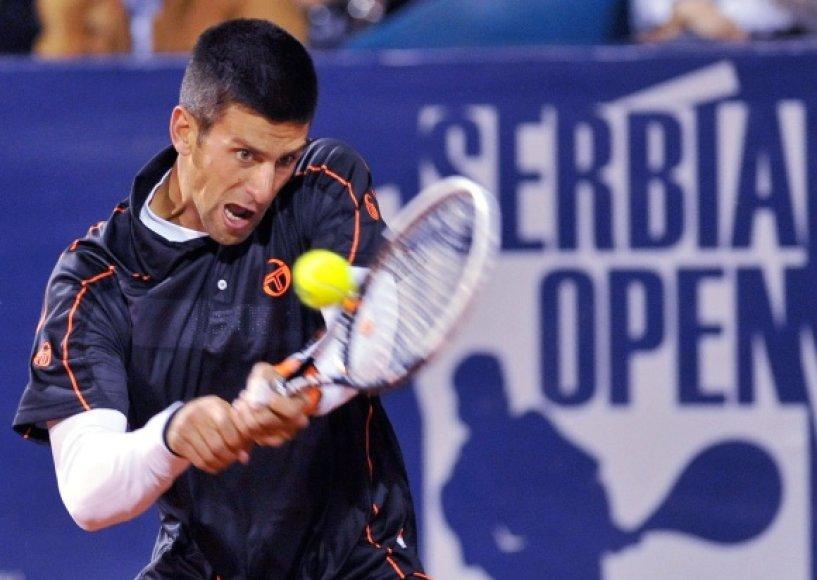 Novakas Džokovičius tęsia pergalių seriją.