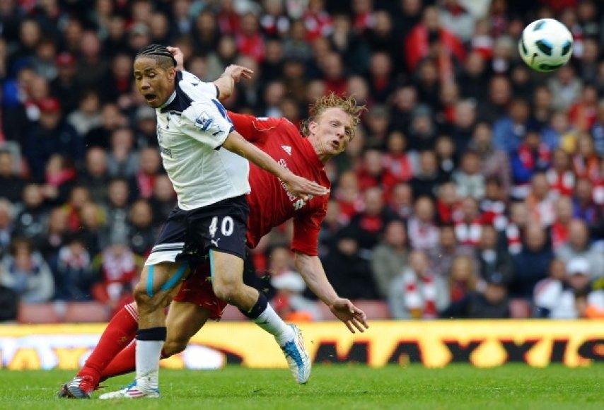 """Tottenham"" (balta apranga) nugalėjo ""Liverpool""."