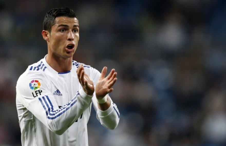 Cristiano Ronaldo gali grįžti rungtyniauti į Angliją.