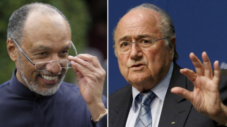 Kandidatai į FIFA prezidento postą – Mohamedas Bin Hammamas ir Seppas Blatteris.