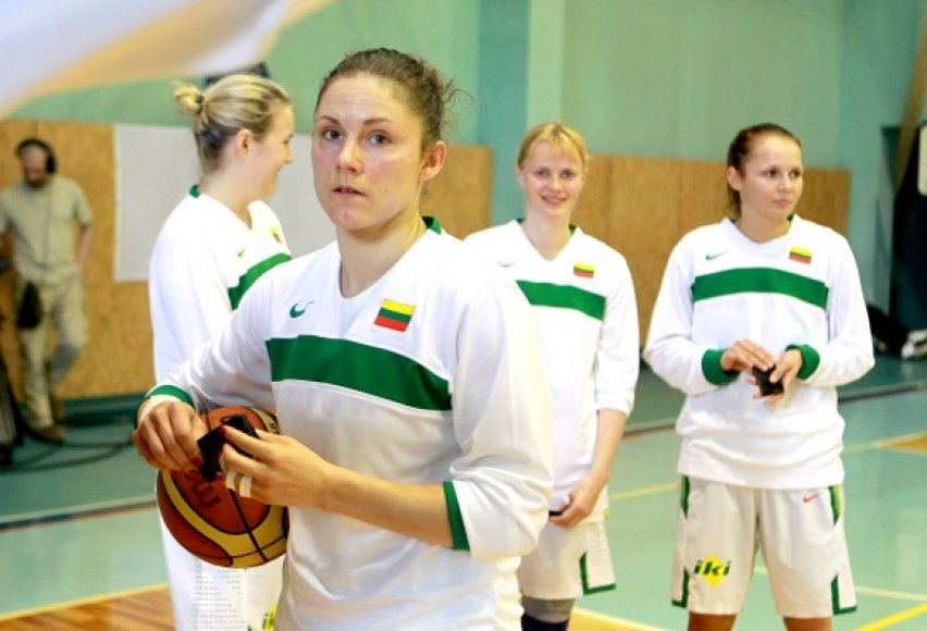 Sandra Linkevičienė ir Lietuvos rinktinė pradeda kovas antrajame čempionato etape – E grupėje.