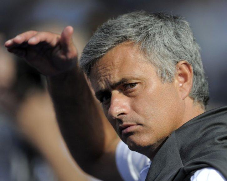 Jose Mourinho auklėtiniams pirmiausia kelia tikslą neiškristi iš Ispanijos futbolo čempionato