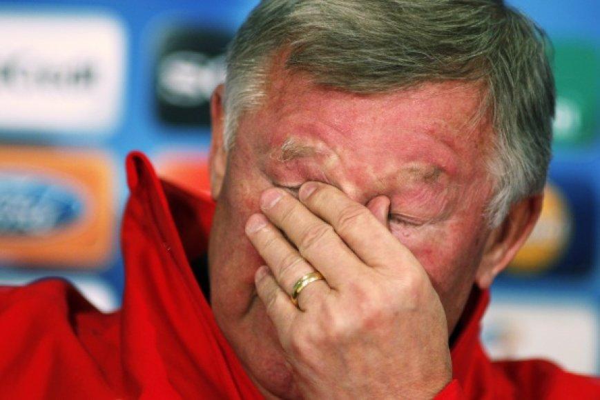 """Alexas Fergusonas """"Manchester United"""" klubą treniruoja jau 25 metus."""