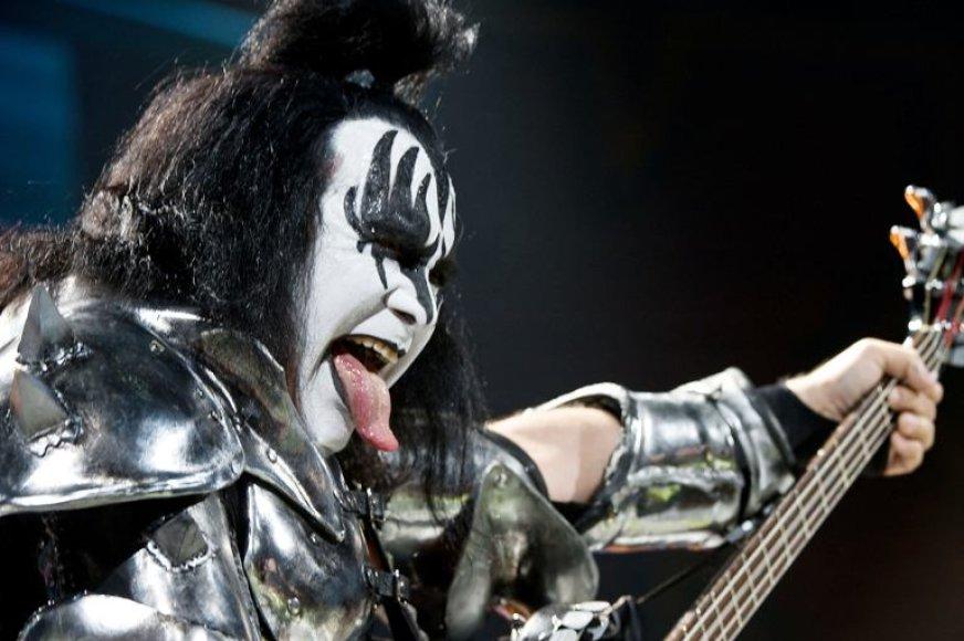 """Grupės """"Kiss"""" bosistas G.Simmonsas"""