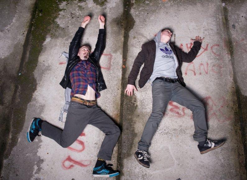 """""""Freaks on Floor"""""""