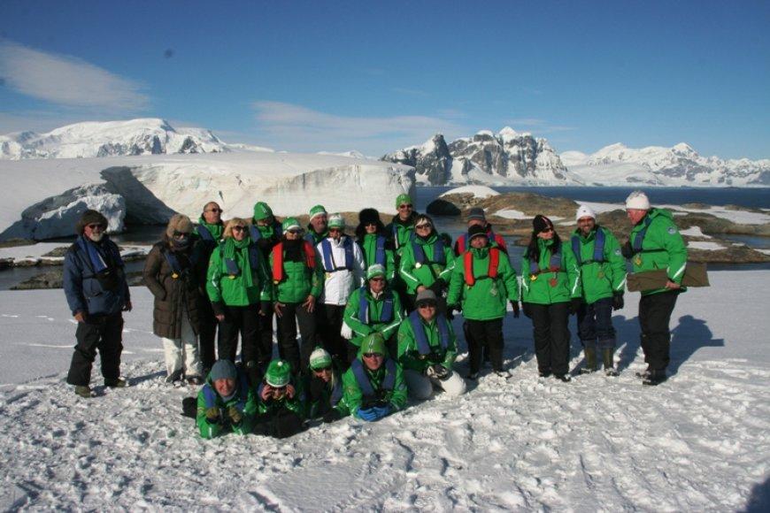 Antarktidos sniegynuose