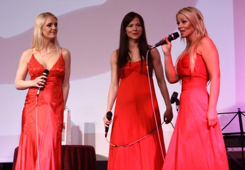 Iš kairės: Rūta Ščiogolevaitė, Aistė Pilvelytė ir Vaida Genytė