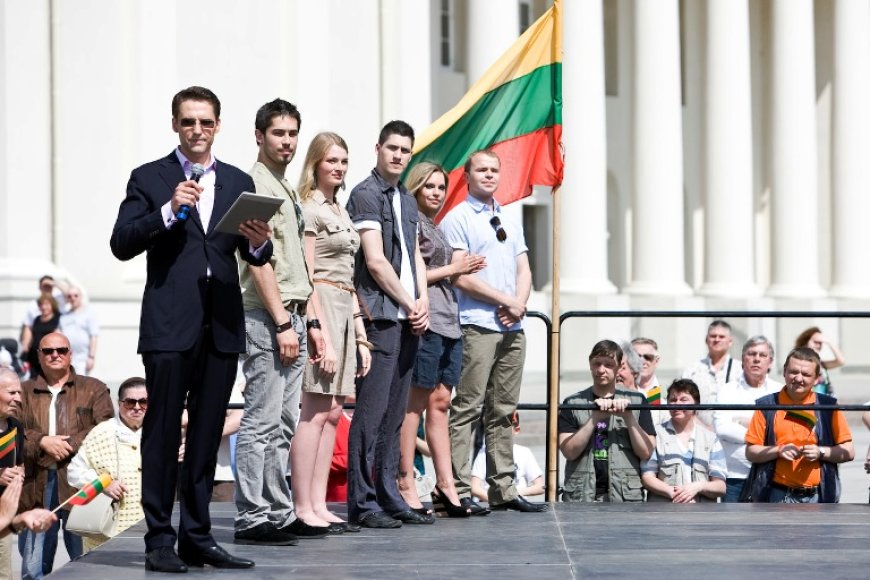 """Projekto """"Aš myliu Lietuvą"""" pristatymo akimirka"""