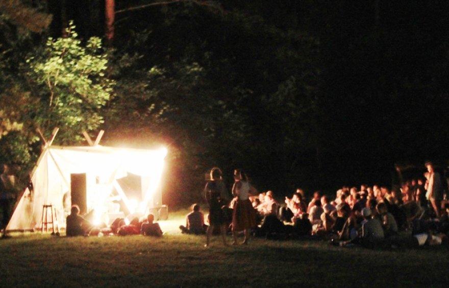 """Akustinių gitarų stovykla """"Live Camp"""""""