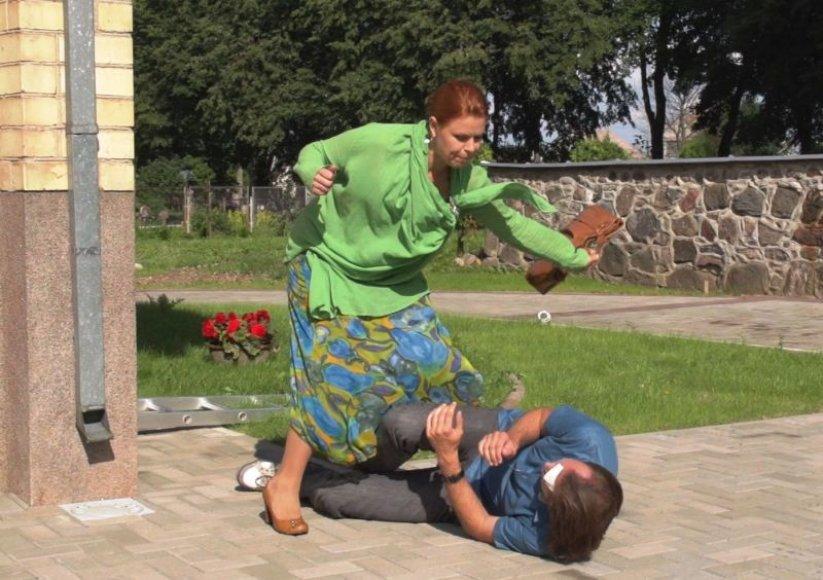 """Aldona Vilutytė seriale """"Saldi nuodėmė"""" mušė Donatą Bakėjų"""