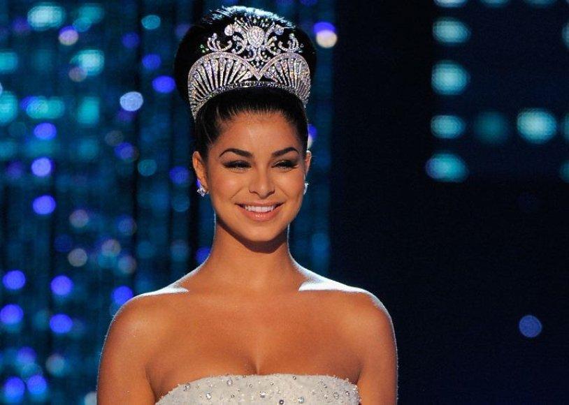 """Mis Amerika 2010"" Rima Fakih"