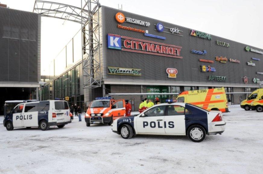 """Suomijoje prekybos centre """"Sello"""" apšaudyti pirkėjai."""