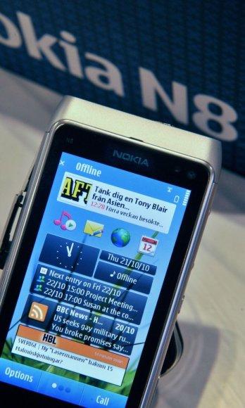"""""""Nokia N8"""" telefonas."""