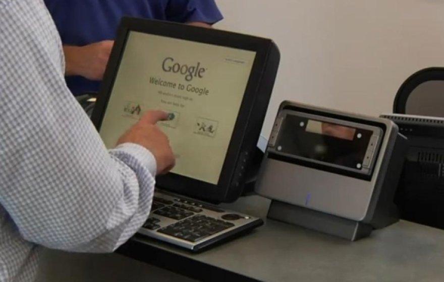 """Patekti į """"Google"""" duomenų centrą gali ne kiekvienas."""