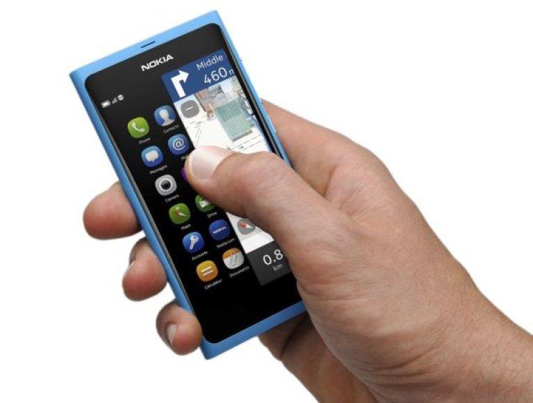 """""""Nokia"""" pristatė naujausią išmanųjį telefoną """"Nokia N9"""" – jis valdomas tik prisilietimu prie ekrano, turi tris darbastalius ir naują vartotojo sąsają."""