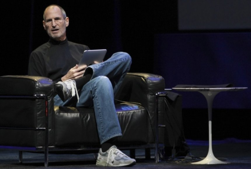 S.Jobsas darbuotojams nuolat pabrėžė, kad svarbiausia yra laiku rinkai pristatyti veikiančius, novatoriškus ir patrauklaus dizaino produktus. Kompanijos sėkmė rodo, kad šis požiūris buvo teisingas.