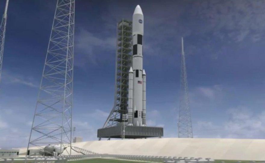 """Naujoji NASA Kosminė Paleidimo Sistema (angl. – """"Space Launch System"""", SLS)."""
