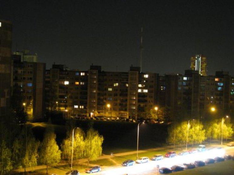 Tamsoje skendėjo TV bokštas