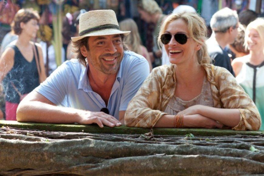 """Kino juostoje """"Valgyk, melskis, mylėk"""" vaidmenis sukūrė Julia Roberts ir Javieras Bardemas"""