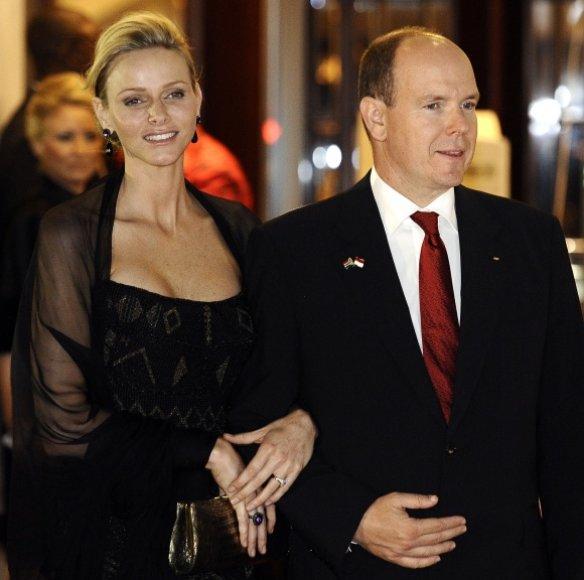 Monako kunigaikštis Albertas II su kunigaikštiene Charlene