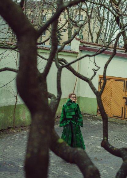 """""""Mark&Migle photography"""" nuotr./Lilijos Larionovos kolekcijos """"White horses"""" kolekcijos modeliai"""