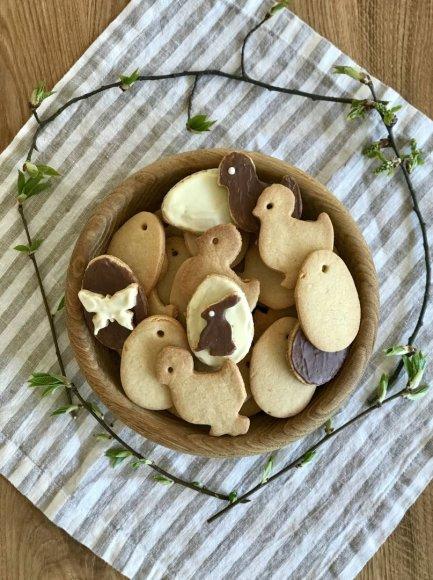 Velykiniai sausainiai su klevų sirupu