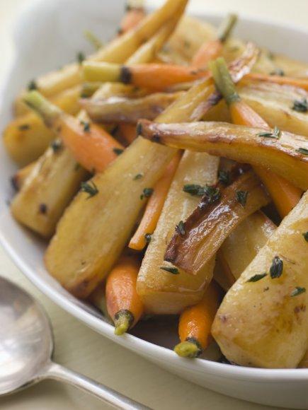 Kepti pastarnokai ir morkos