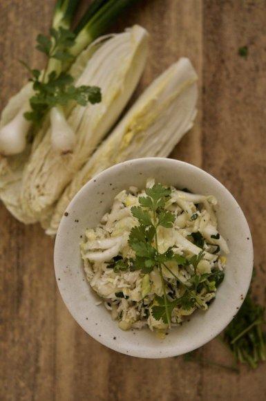 Kininio kopūsto salotos