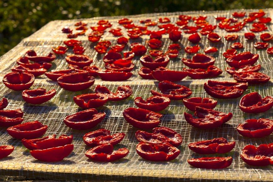 Vida Press nuotr./Džiovinami pomidorai